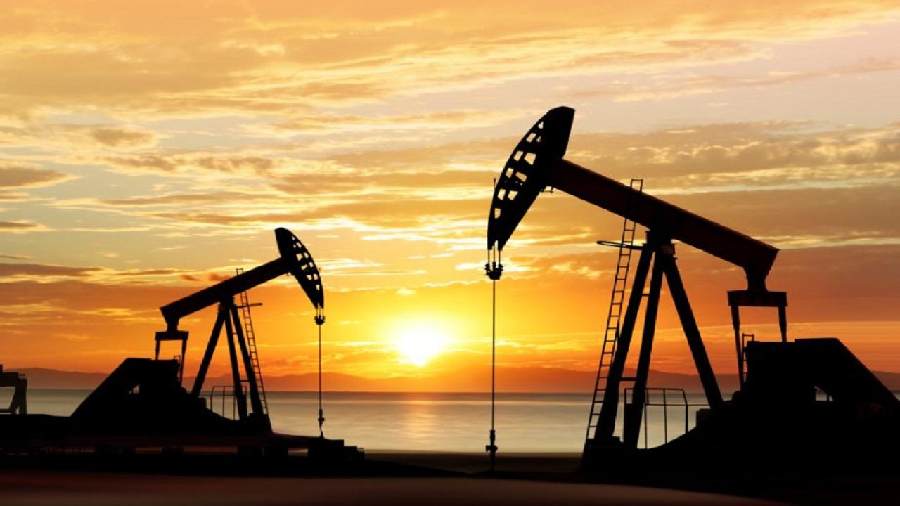 توقعات بوصول أسعار النفط إلى 100 دولار العام المقبل